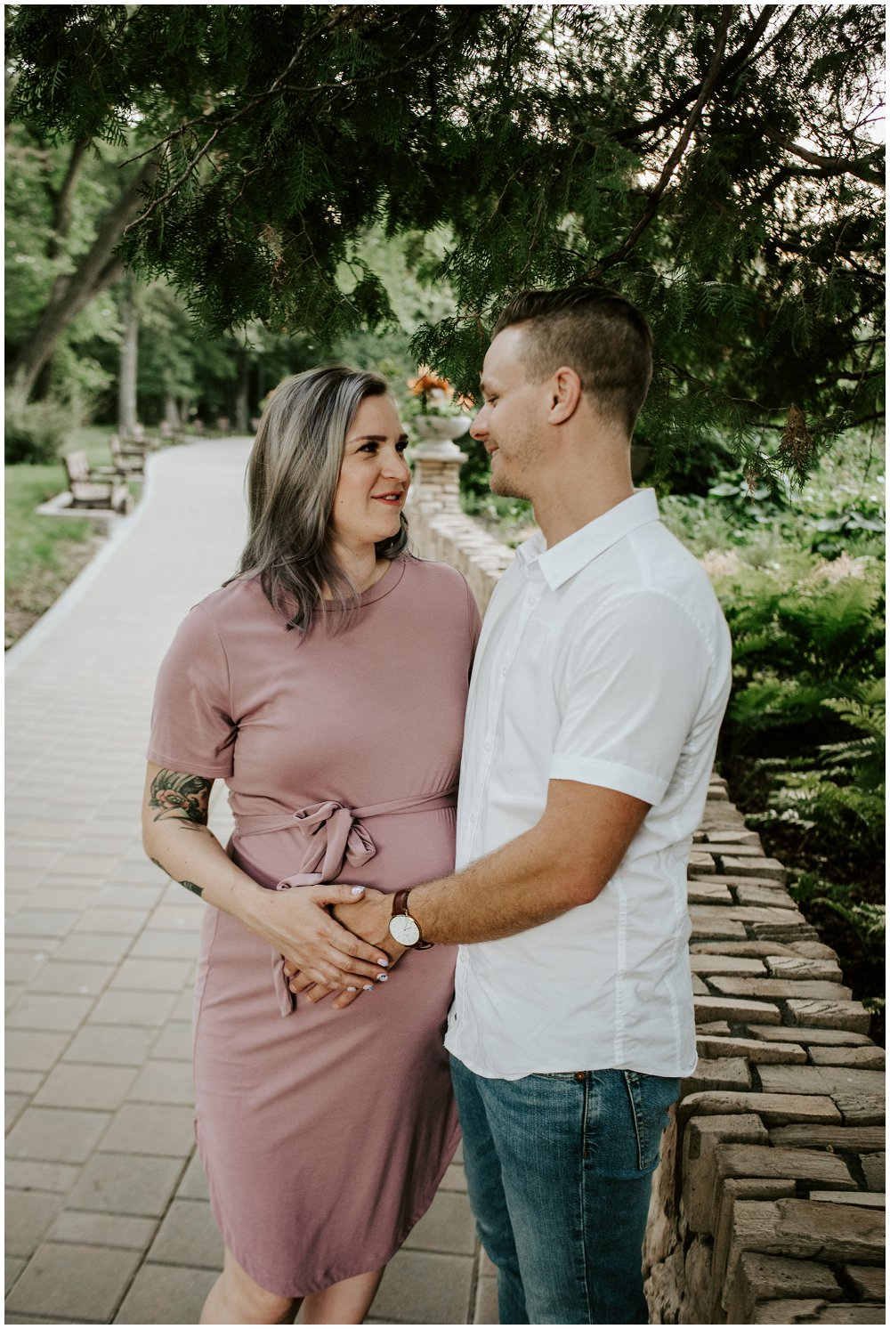 cara and harrison assiniboine park Winnipeg Manitoba Maternity Photographer