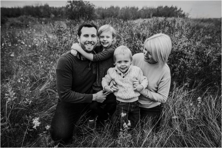 Winnipeg Family Photographer of the Johnnasson family